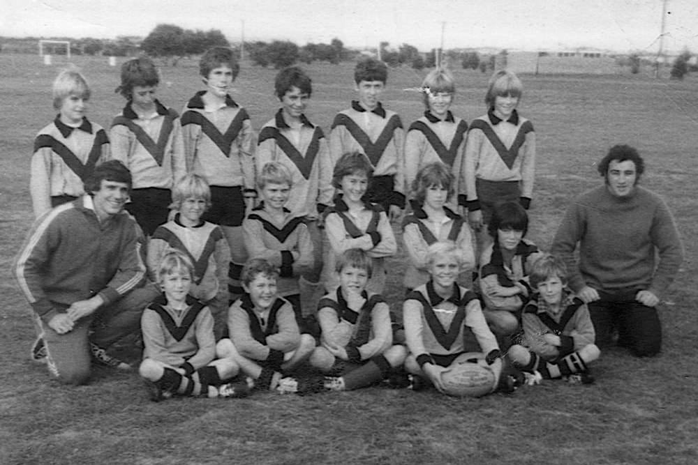 Barry Cooper and the Glenelg Primary School team. Photo: Supplied