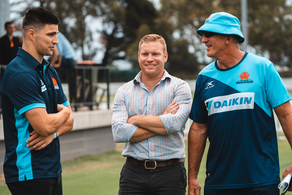 Jack Maddocks talking to NSW general manager of rugby Tim Rapp and Waratahs coach Rob Penney. Photo: NSW Rugby.Julius Dimataga
