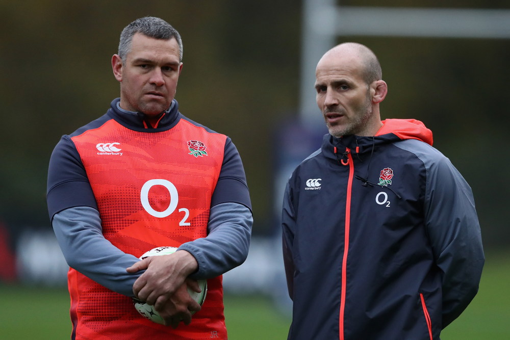 Jason Ryles speaks to former England defence coach Paul Gustard at training in 2017. Photo: Getty Images