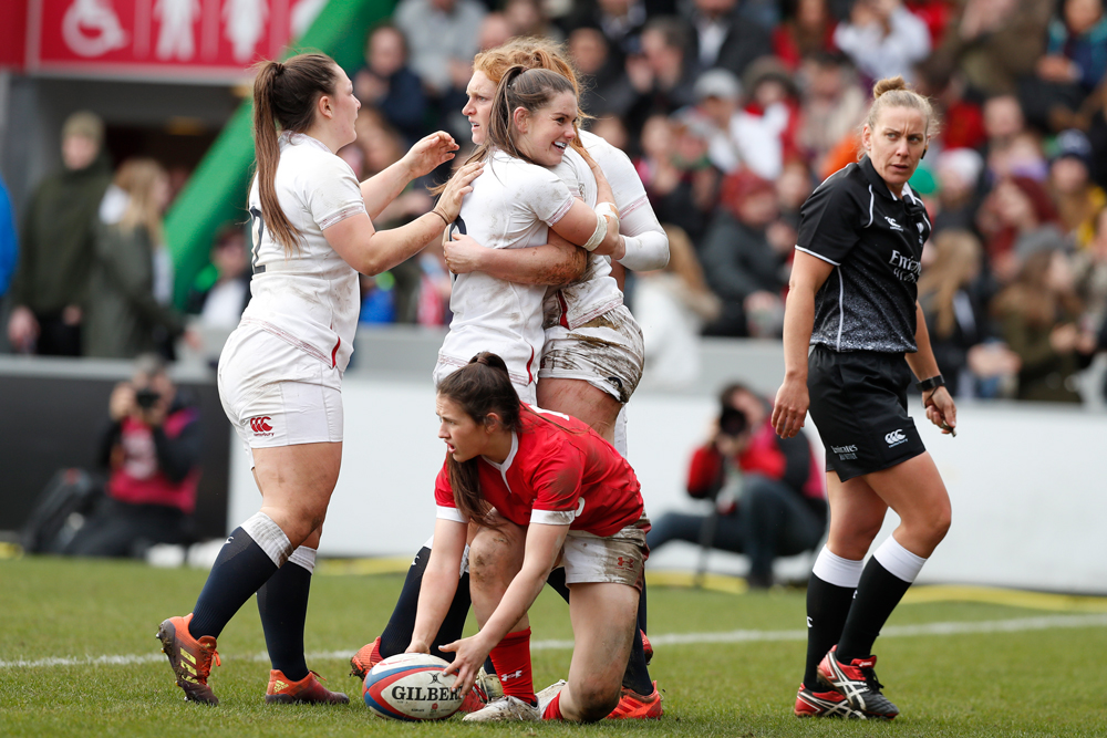 Amber McLachlan (right) officiated the England-Wales Twickenham clash. Photo: Getty Images