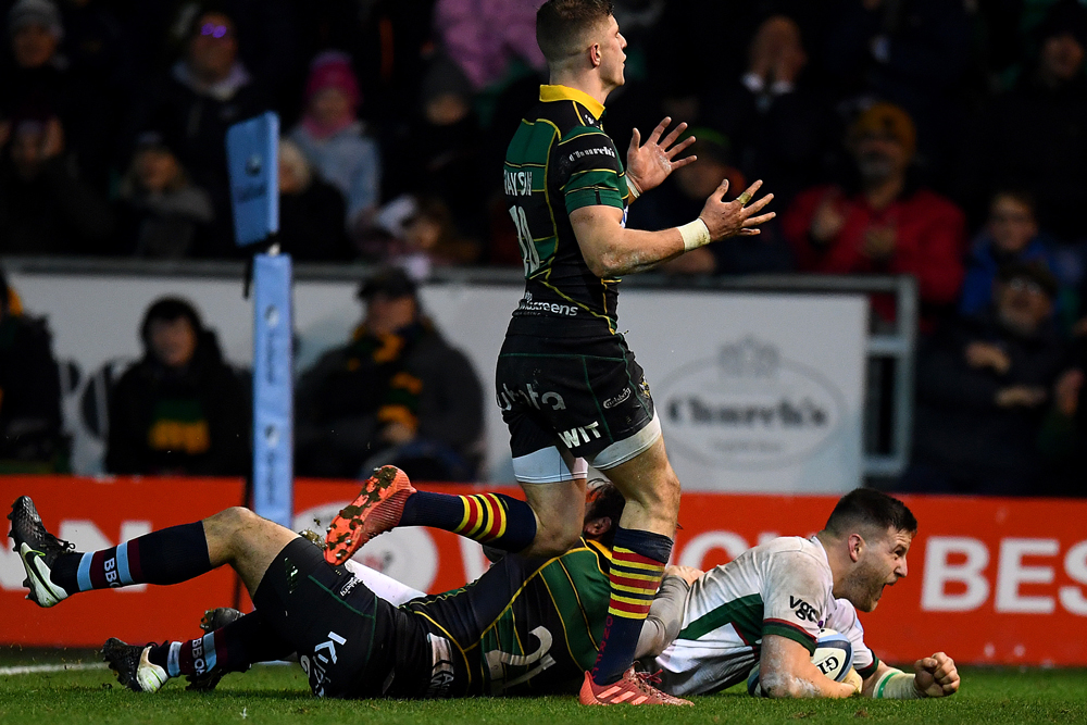 Dave Porecki scores a try for London Irish. Photo: Getty Images